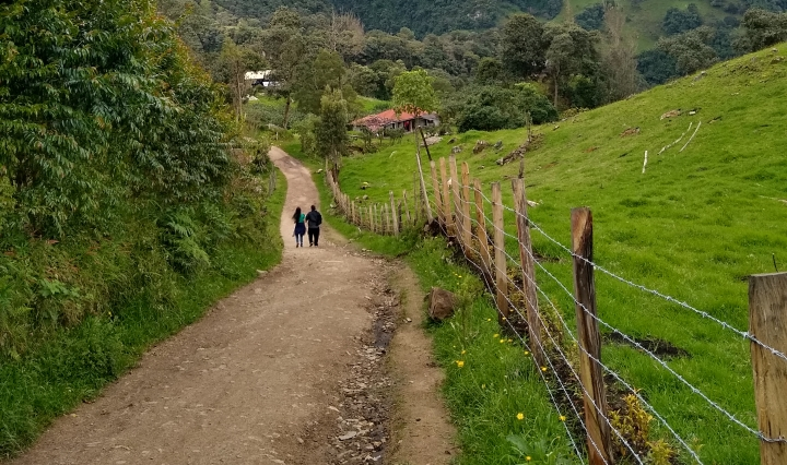 Walking the road to La Chorrera near Bogotá, Colombia.
